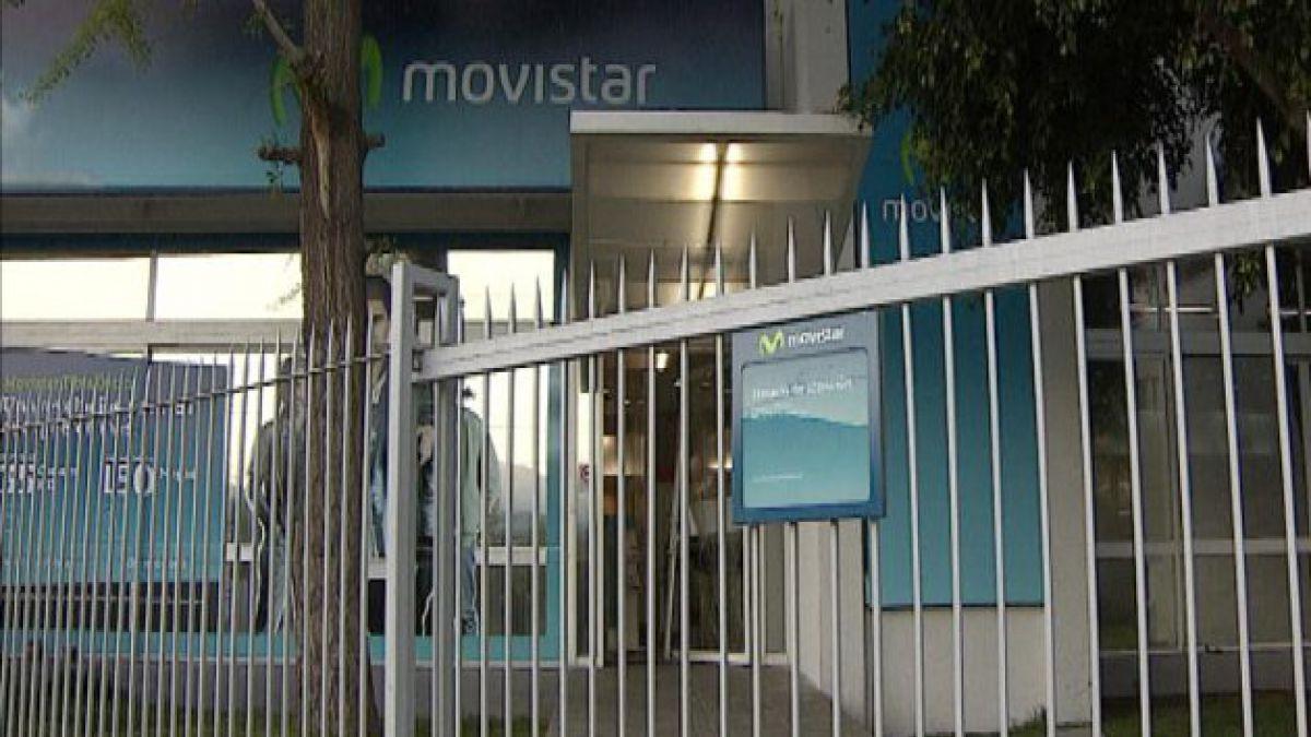 Roban cerca de 200 celulares desde empresa en Las Condes