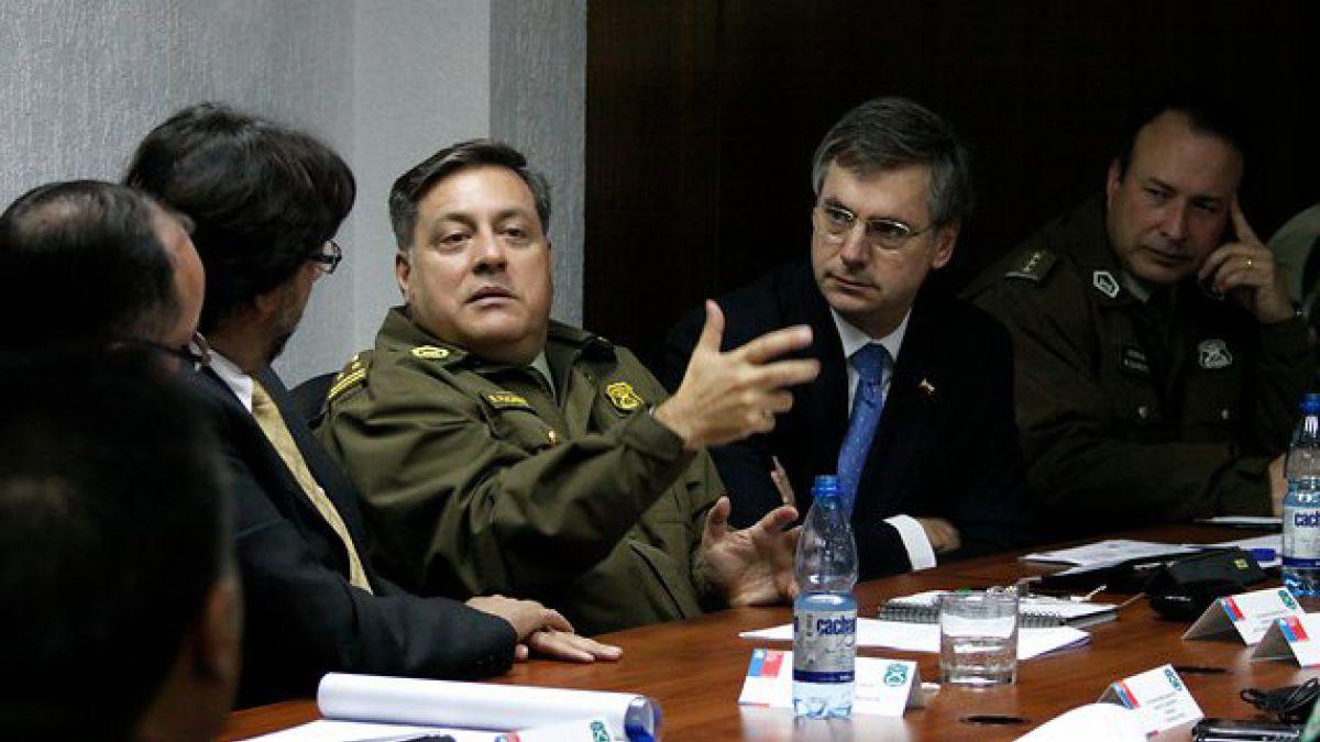Atacan a General de Carabineros durante operativo en Cerro Navia