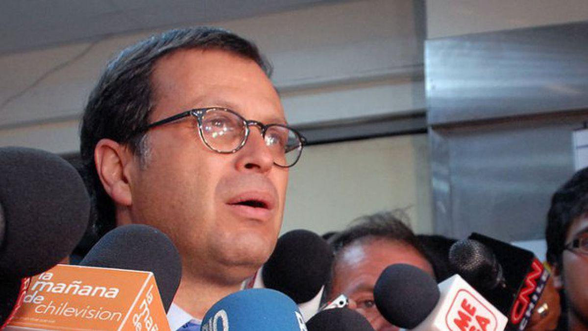 Hinzpeter atribuye disminución de denuncias de delitos a ausencia de manifestaciones