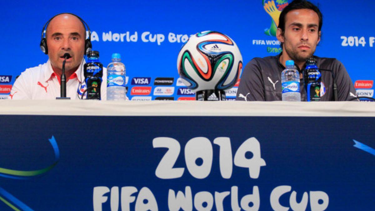 Jorge Sampaoli no descarta que Arturo Vidal sea titular ante Australia