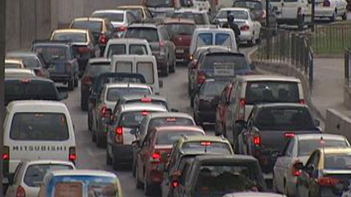 Reacciones diversas en la Alianza por negativa del Gobierno a rebaja de impuesto a combustibles
