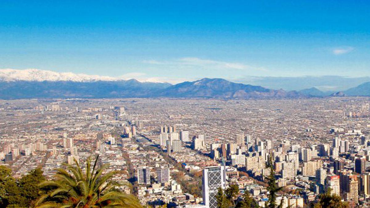Estudio: 53% de los fondos culturales se quedan en la Región Metropolitana