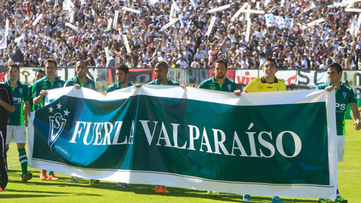 S. Wanderers visita albergue de damnificados por incendios en Valparaíso