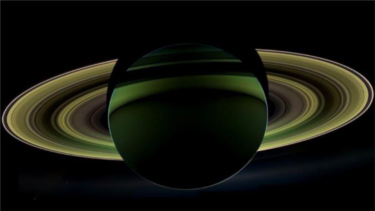 Nasa registra foto a contraluz de Saturno