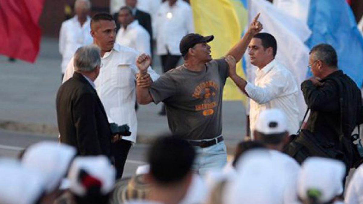 Liberan a opositor que gritó consignas contra el Gobierno cubano en misa papal