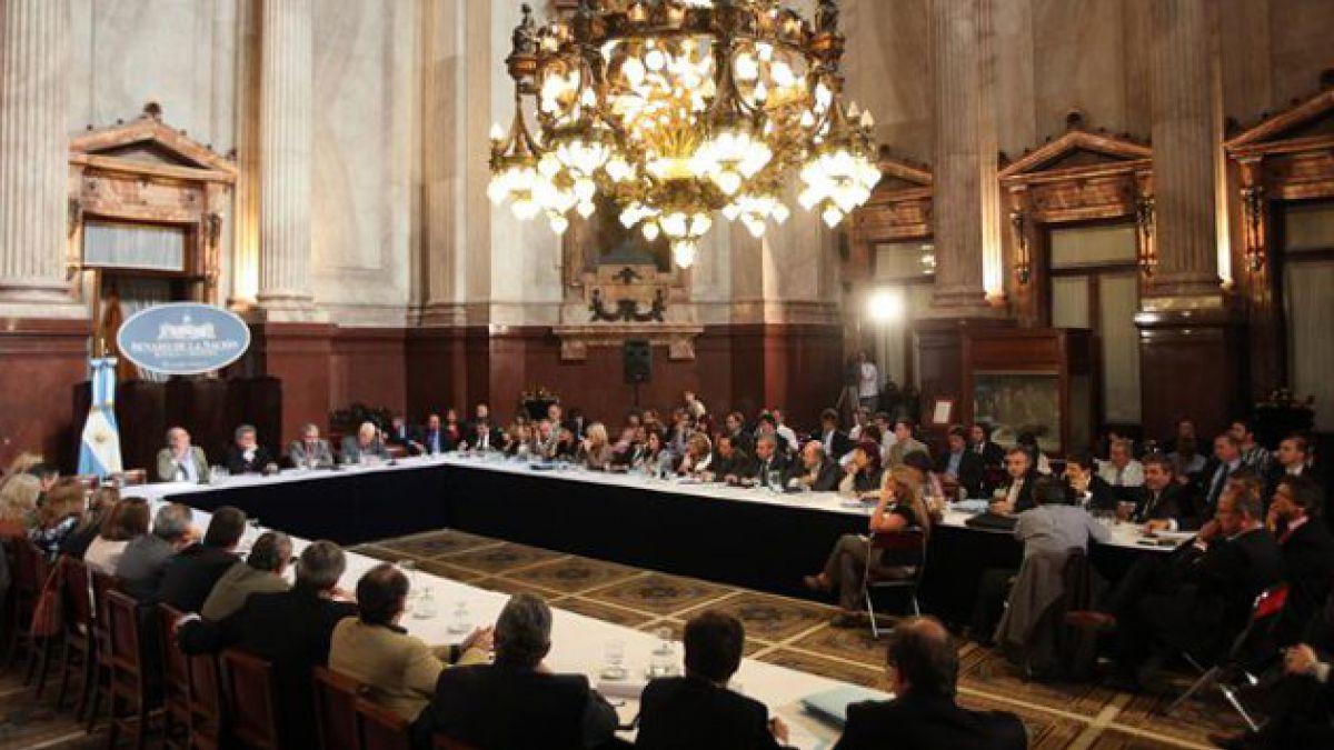 Comisiones del Senado argentino dan visto bueno a expropiación de YPF