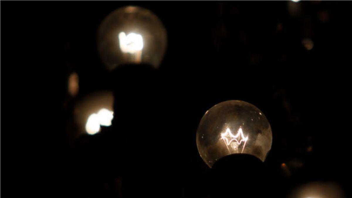 Más de 1.000 millones de seres humanos viven sin electricidad