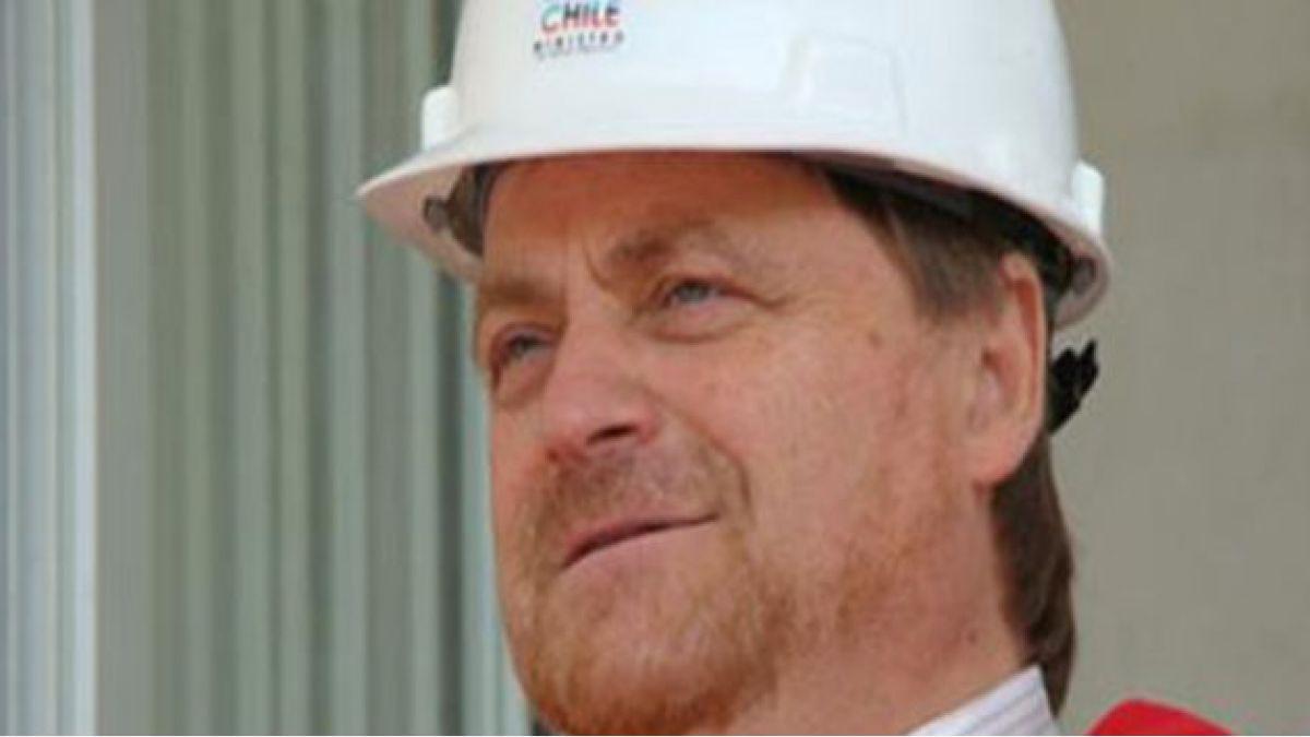 Ministro Solminihac extiende a un año plazo para que mineros regularicen padrones con Enami