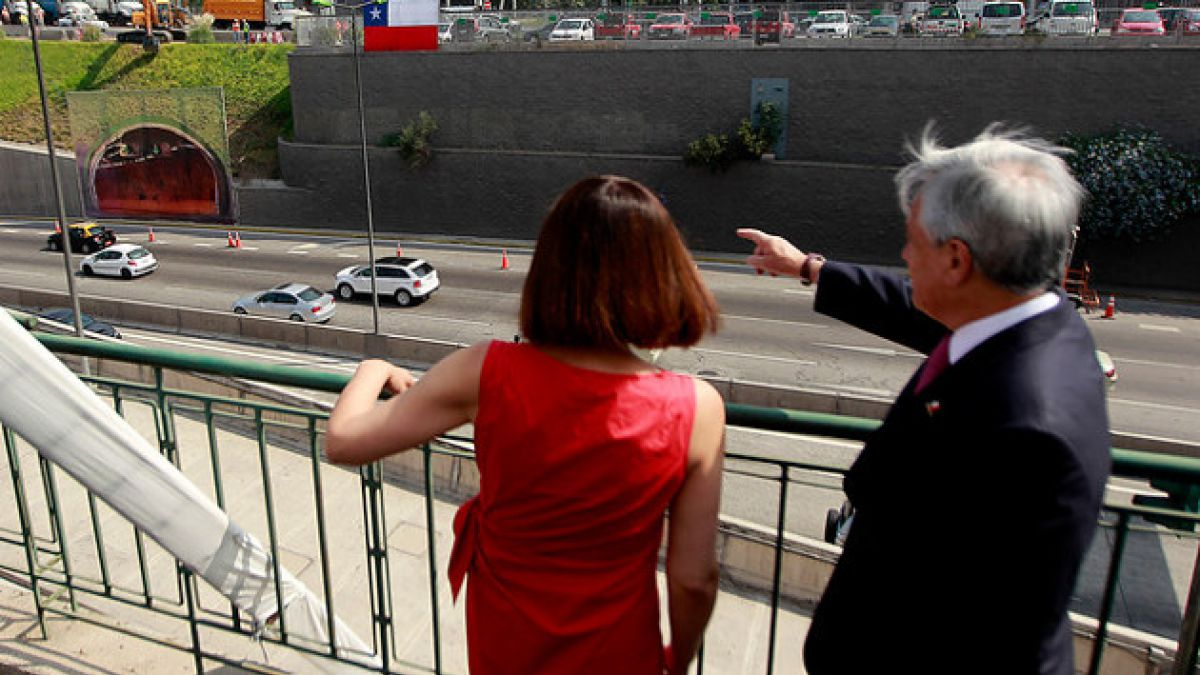 Presidente Piñera inauguró obras de descongestión para sector oriente