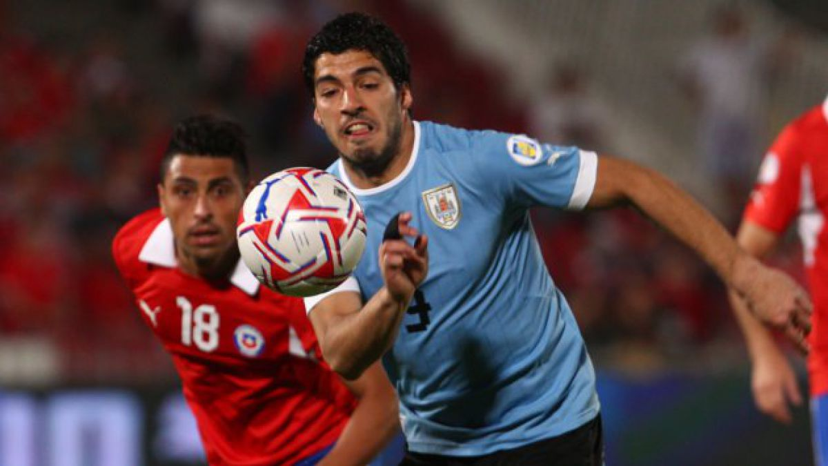 Sanción a Suarez complicaría a Uruguay