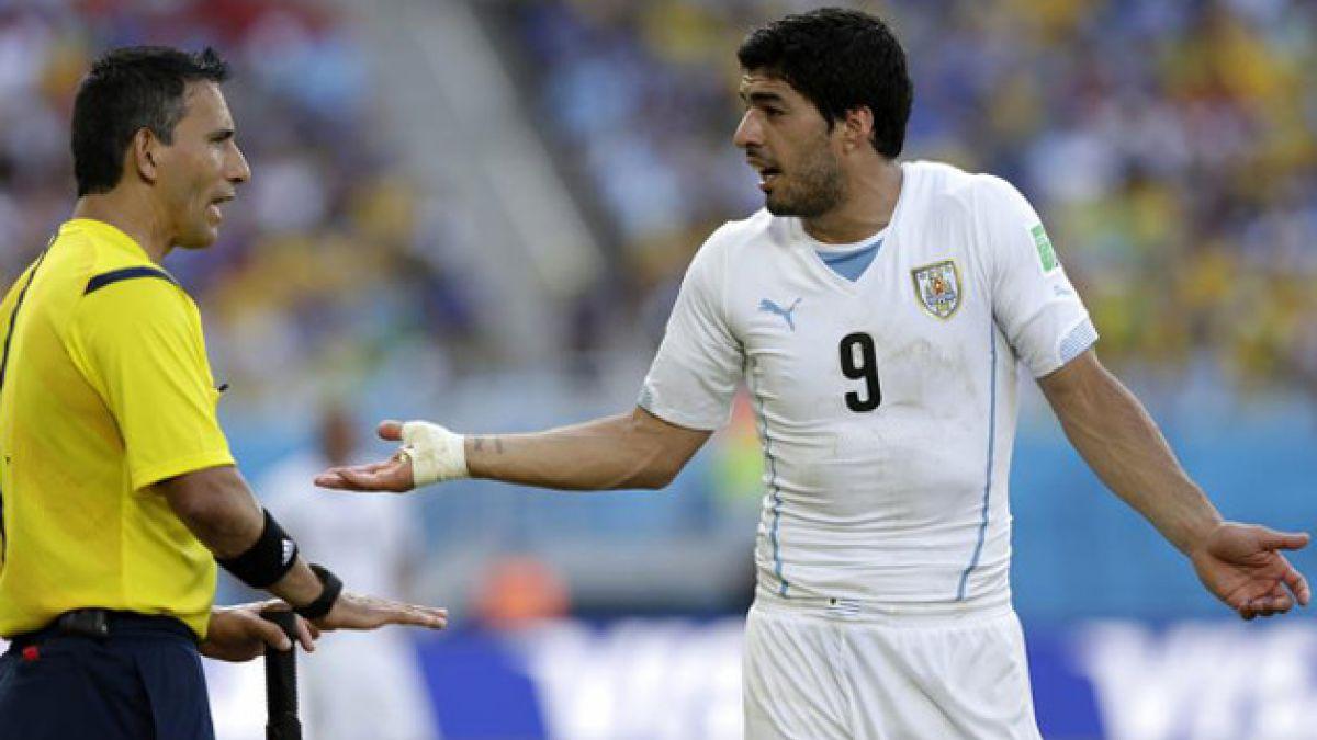 FIFA anunciará este jueves si sanciona a Luis Suárez por mordida