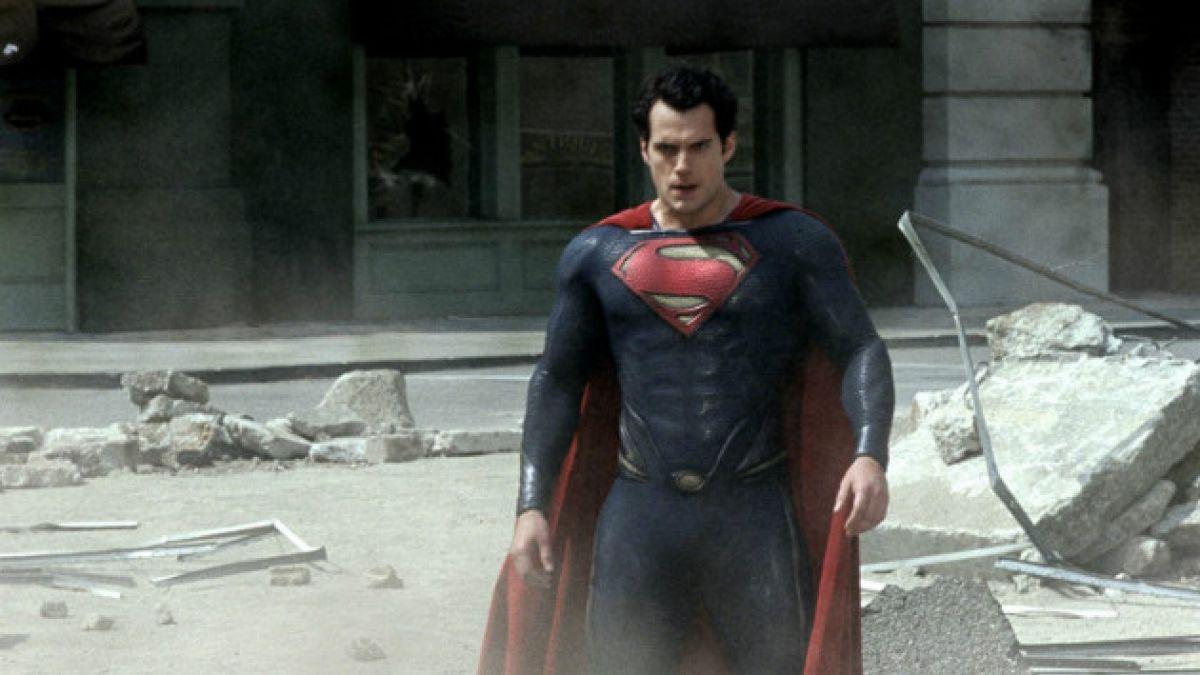 Revelan cómo lucirá Clark Kent en película que reunirá a Batman con Superman