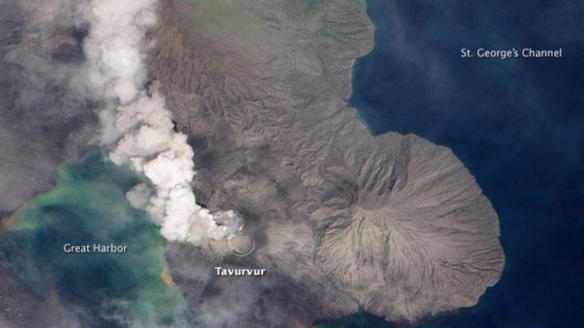 [VIDEO] Así entró en erupción el volcán Tavurvur en Papúa Nueva Guinea