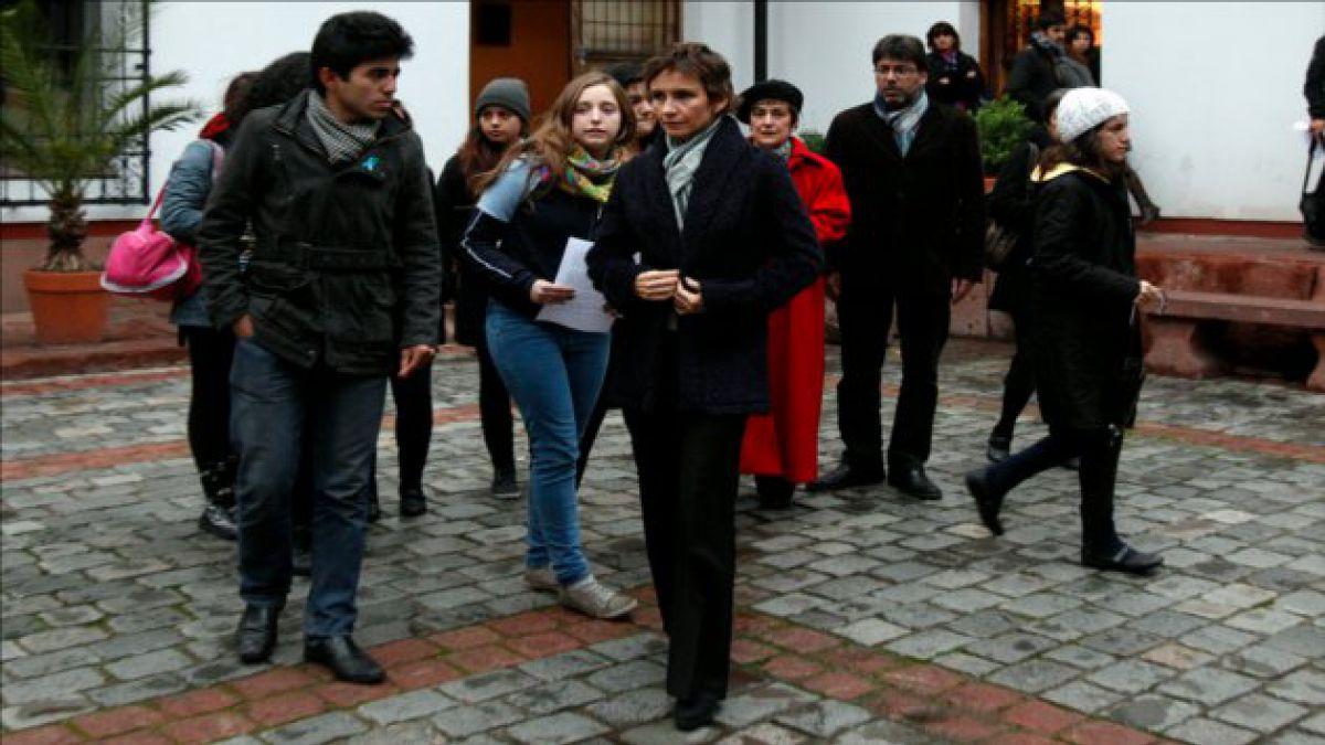 Alcaldes se reunieron con estudiantes y criticaron actuar del Gobierno