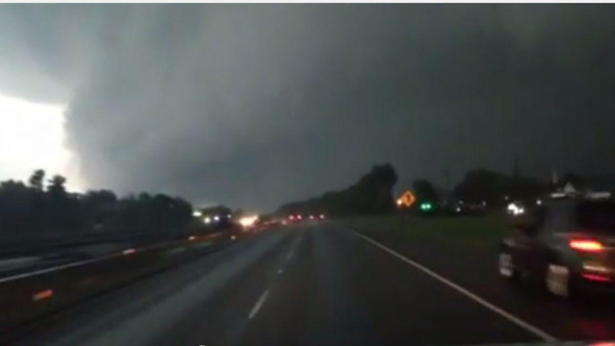 Violentos tornados azotan Dallas y zonas cercanas