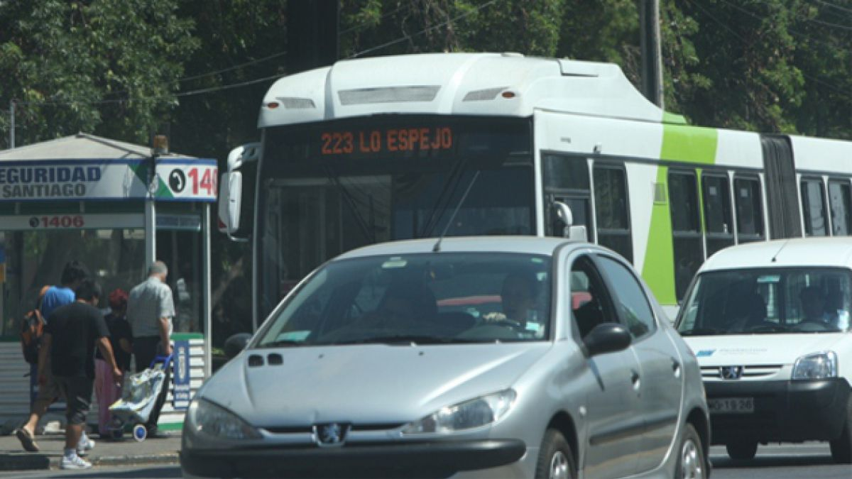 Niño murió tras ser atropellado por bus del Transantiago en La Reina