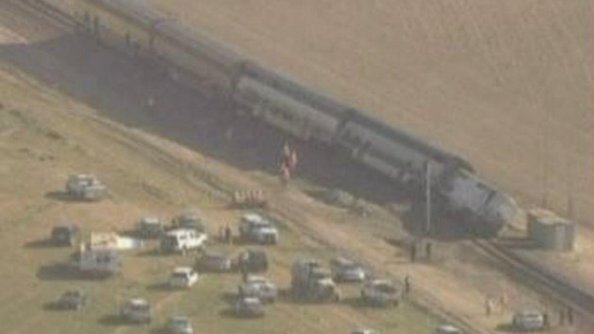 EE.UU.: Choque entre camión y tren dejó 30 heridos