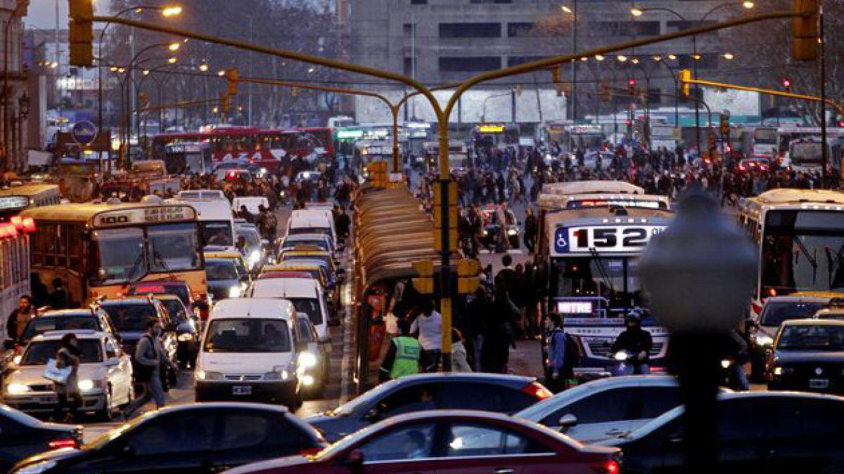 Paro del Metro tiene en caos a Buenos Aires