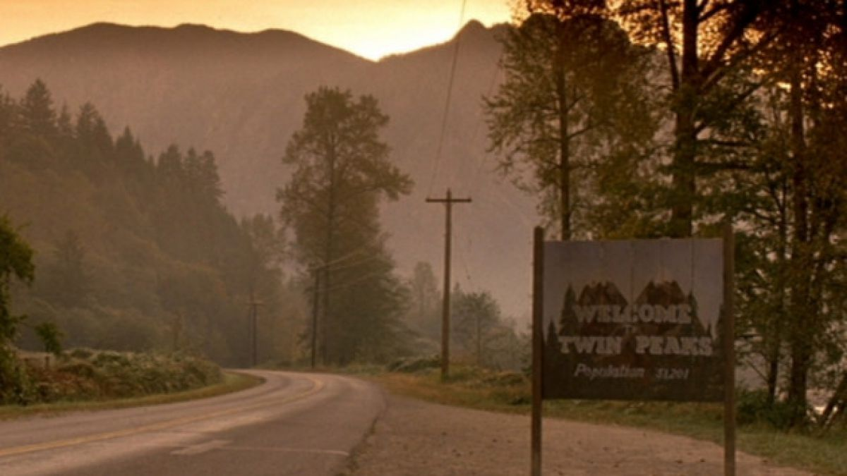 """Twin Peaks"" regresa: Confirman nueva temporada para 2016"