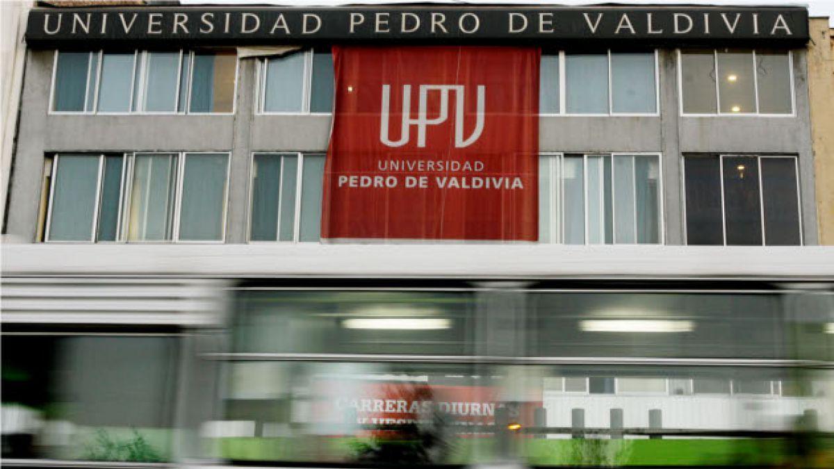 Mineduc decide sobreseer a Uniacc y UPV por presuntas irregularidades