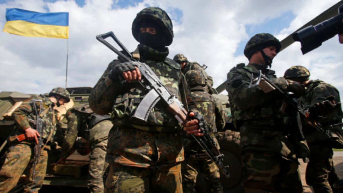 "Primer ministro de Rusia: ""Ucrania está al borde de la guerra civil"""