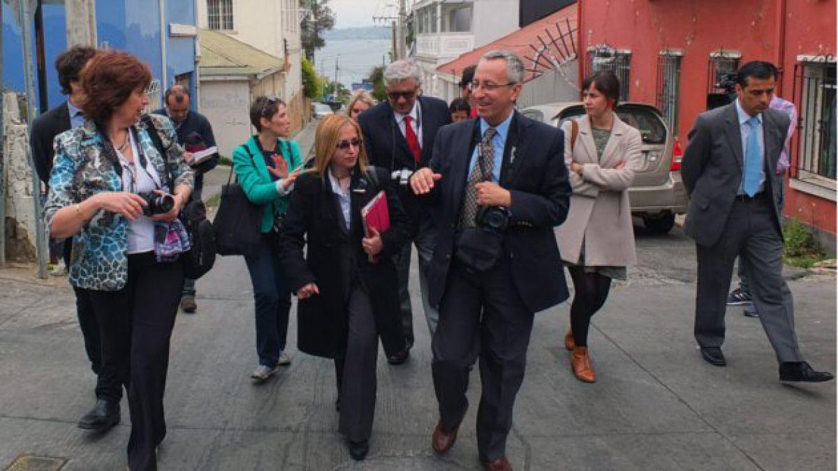 Expertos de Unesco que evalúan Valparaíso sufren asalto en recorrido