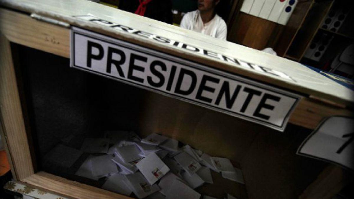 Servel enfrenta los cuestionamientos por sistema durante elecciones