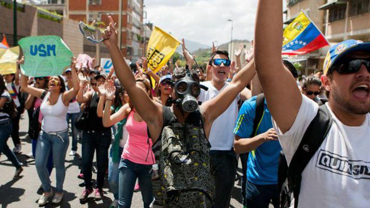 Marcha en contra del gobierno deja al menos dos muertos en Venezuela