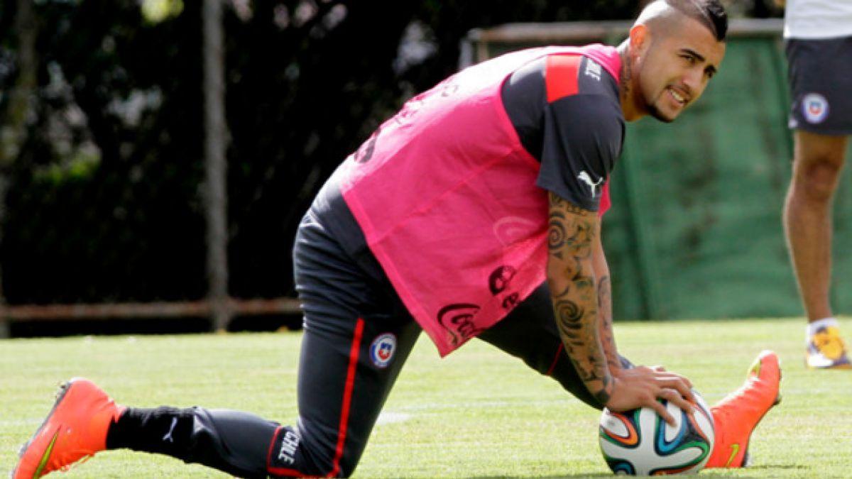 """Médico de la Selección: Arturo Vidal """"está respondiendo bien"""" al tratamiento"""