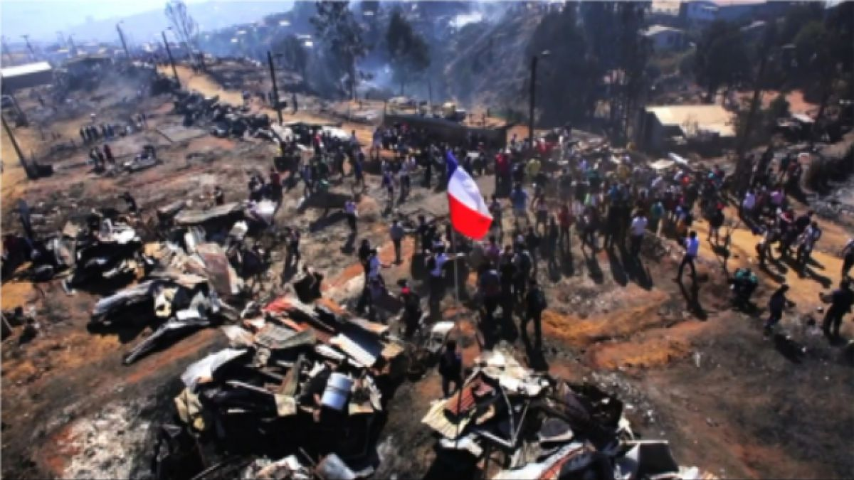 VIDEO: Revelador registro aéreo del día después del incendio en Valparaíso