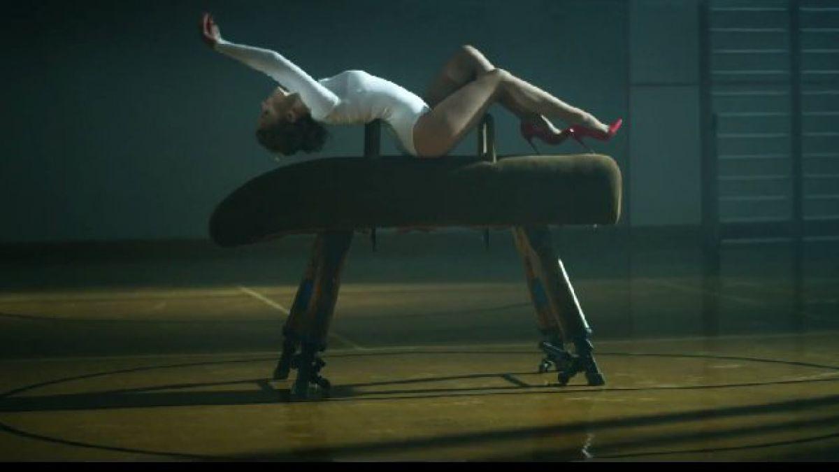Kylie Minogue sorprende con sensual videoclip