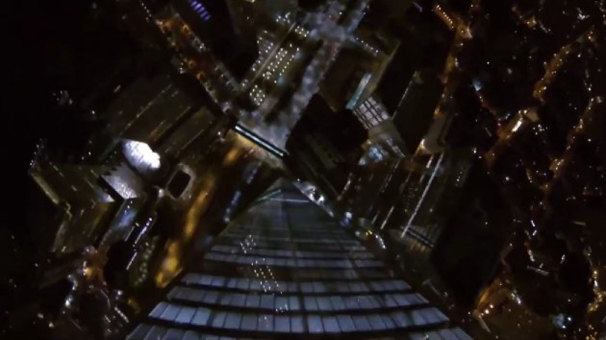 VIDEO: Increíble salto en paracaídas desde el nuevo One World Trade Center