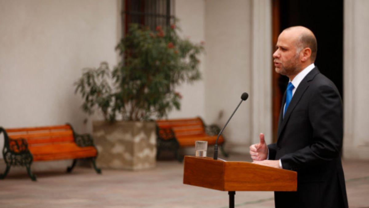 Ministros recorrerán el país para explicar en terreno la reforma tributaria