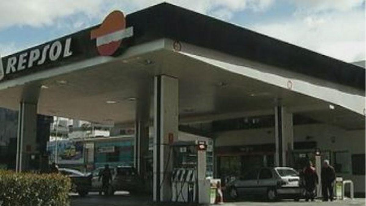 Repsol registró pérdida neta de 221 millones de euros en el tercer trimestre