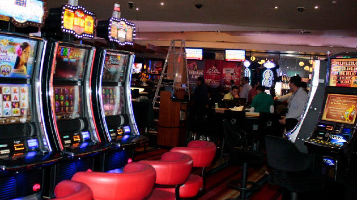 Diputados proponen proyecto para prohibir el ingreso de ludópatas a casinos