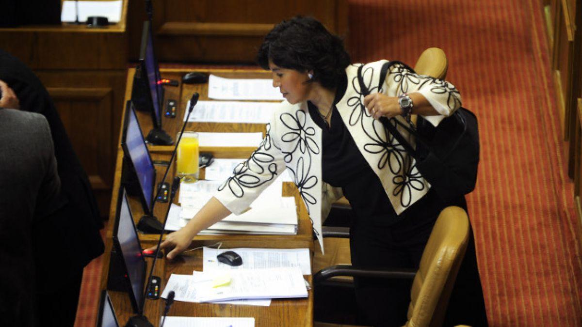 Provoste asegura que insistirá con indicación que elimina las elecciones primarias