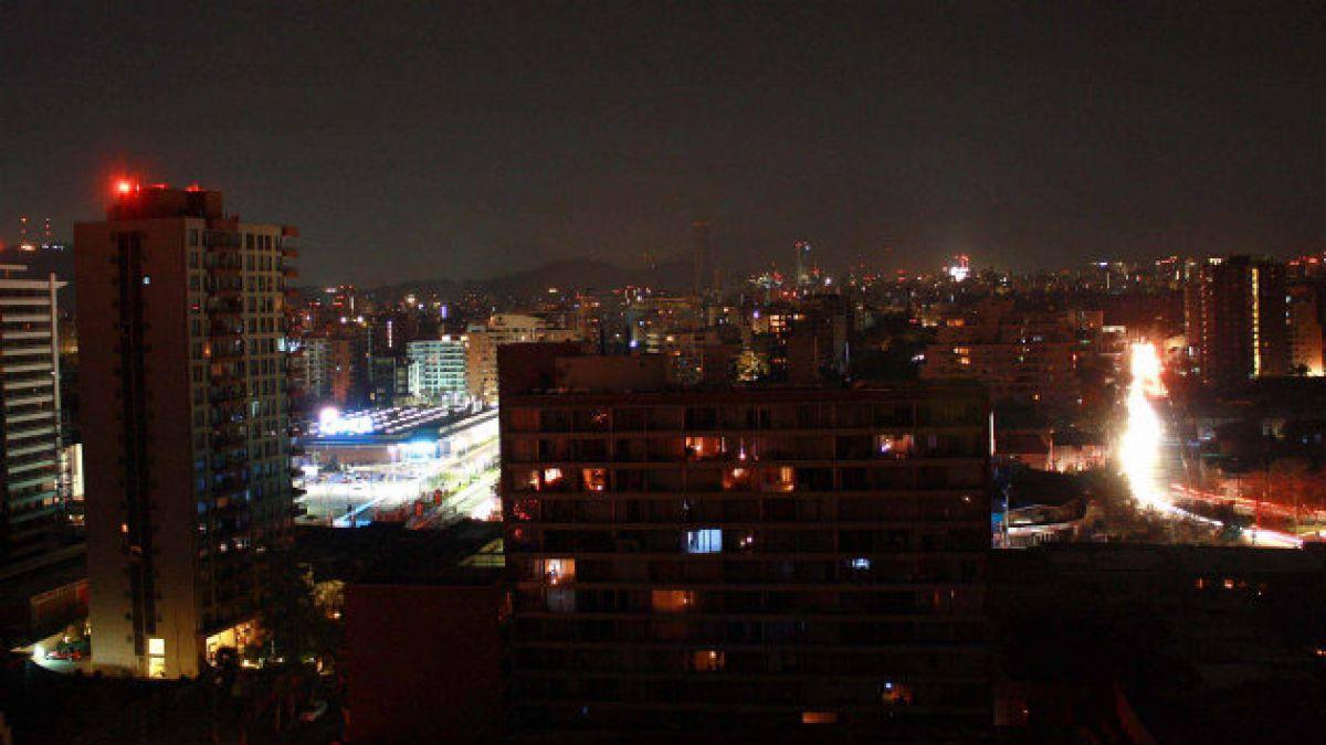 Chilenos estuvieron 14 horas en promedio sin suministro eléctrico durante 2013
