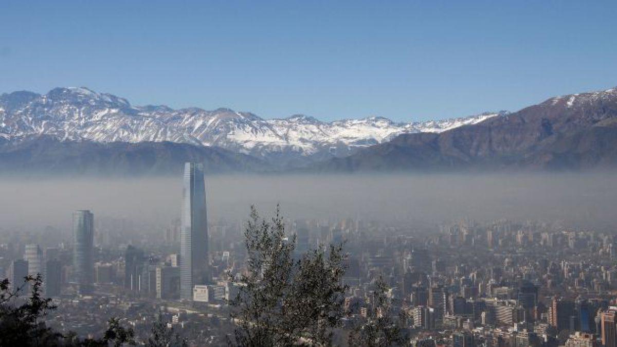 Más de 500 episodios críticos ambientales se han producido en Santiago desde 1990