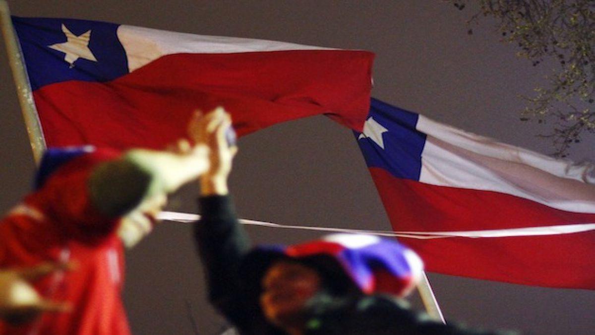 ¿Cuántos son, dónde están y cómo votan los chilenos en el exterior?