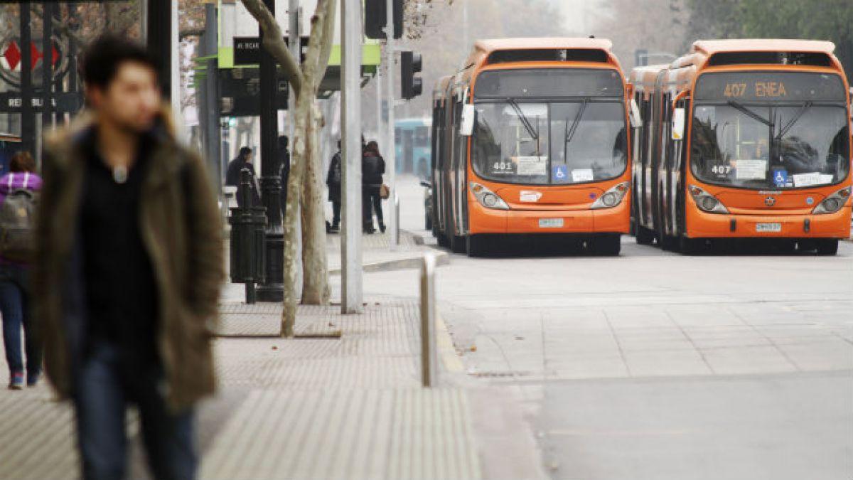 Adimark: Transantiago y transporte público registran mayores alzas de aprobación