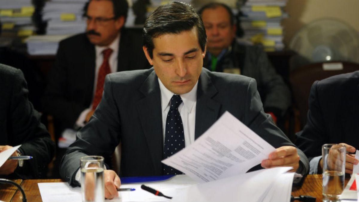 Así transcurre la interpelación al ministro Peñailillo en la Cámara de Diputados