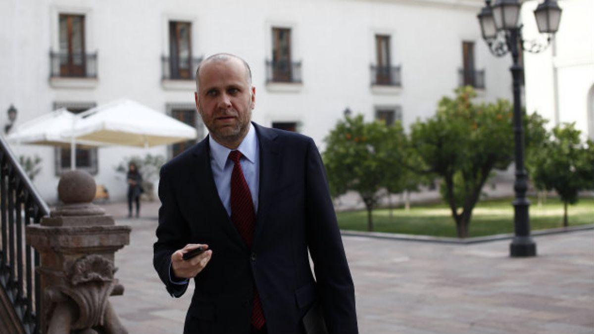 Gobierno vuelve a rectificar dichos de Eyzaguirre sobre gratuidad de 4 años en Educación Superior