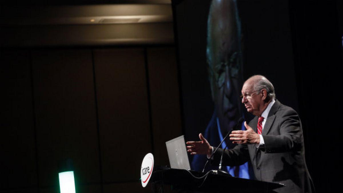 Ernesto Ottone: Lagos no está haciéndole una requisitoria a un sector sino al país