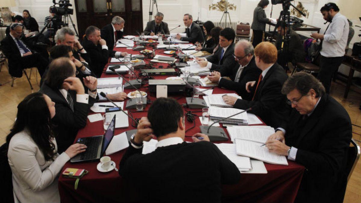 Ministro Carreño y rechazo a acusación: La recibo con la convicción de haber actuado correctamente