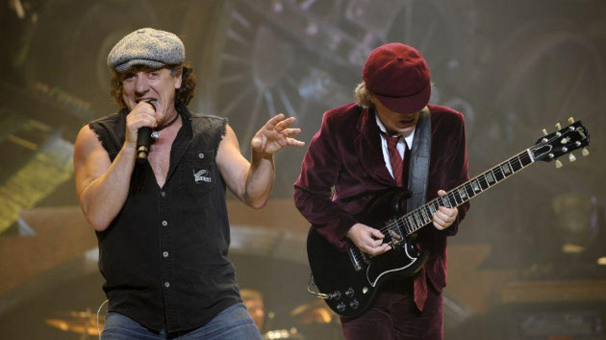 AC/DC estaría con una grave crisis interna