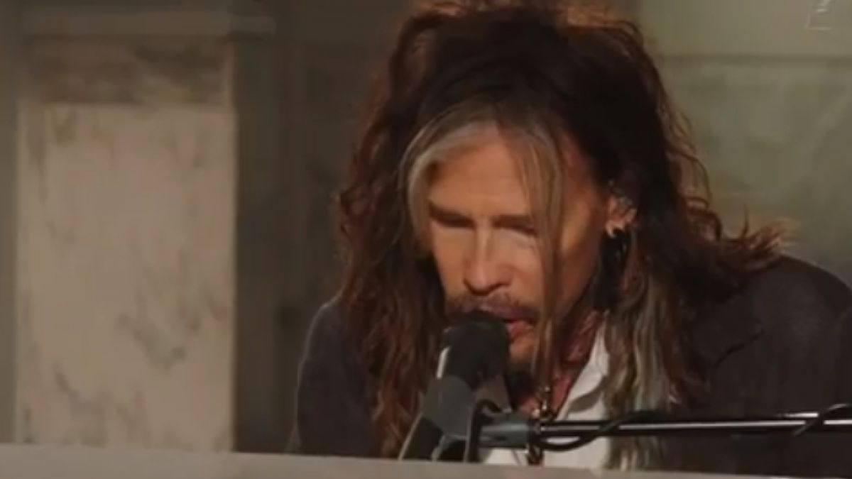 VIDEO: Aerosmith toca nueva versión de Dream On para víctimas de la maratón de Boston
