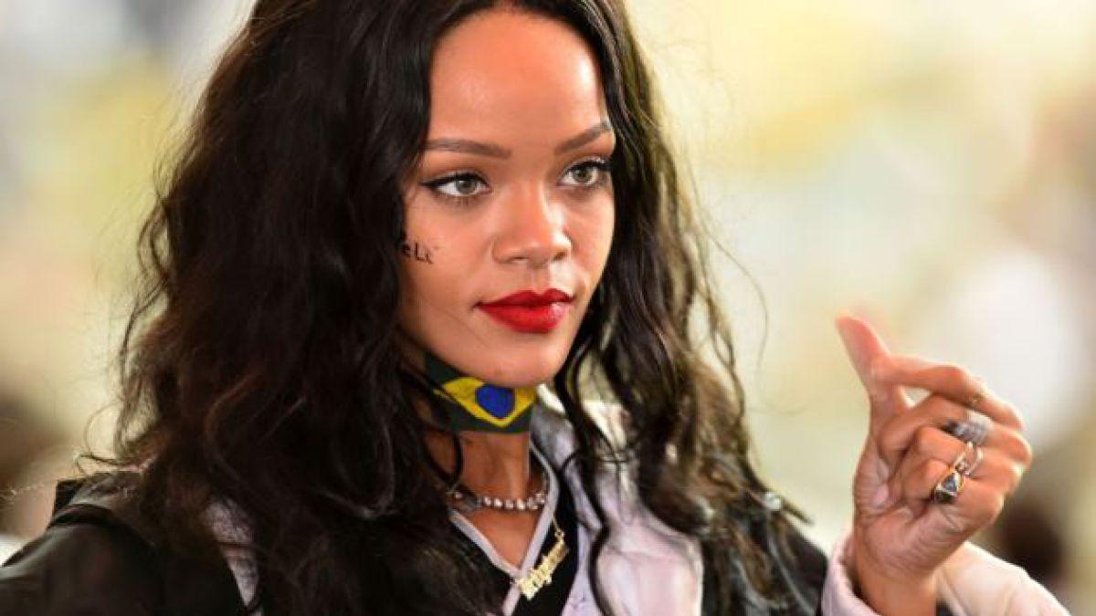 Rihanna sube fotos a Twitter con jugadores alemanes después de la final de la Copa Mundial