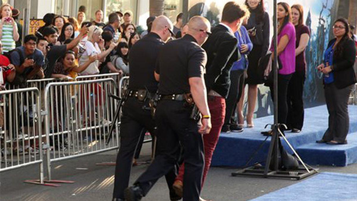 Agresión a Brad Pitt en alfombra roja enciende alerta de seguridad para próximos eventos