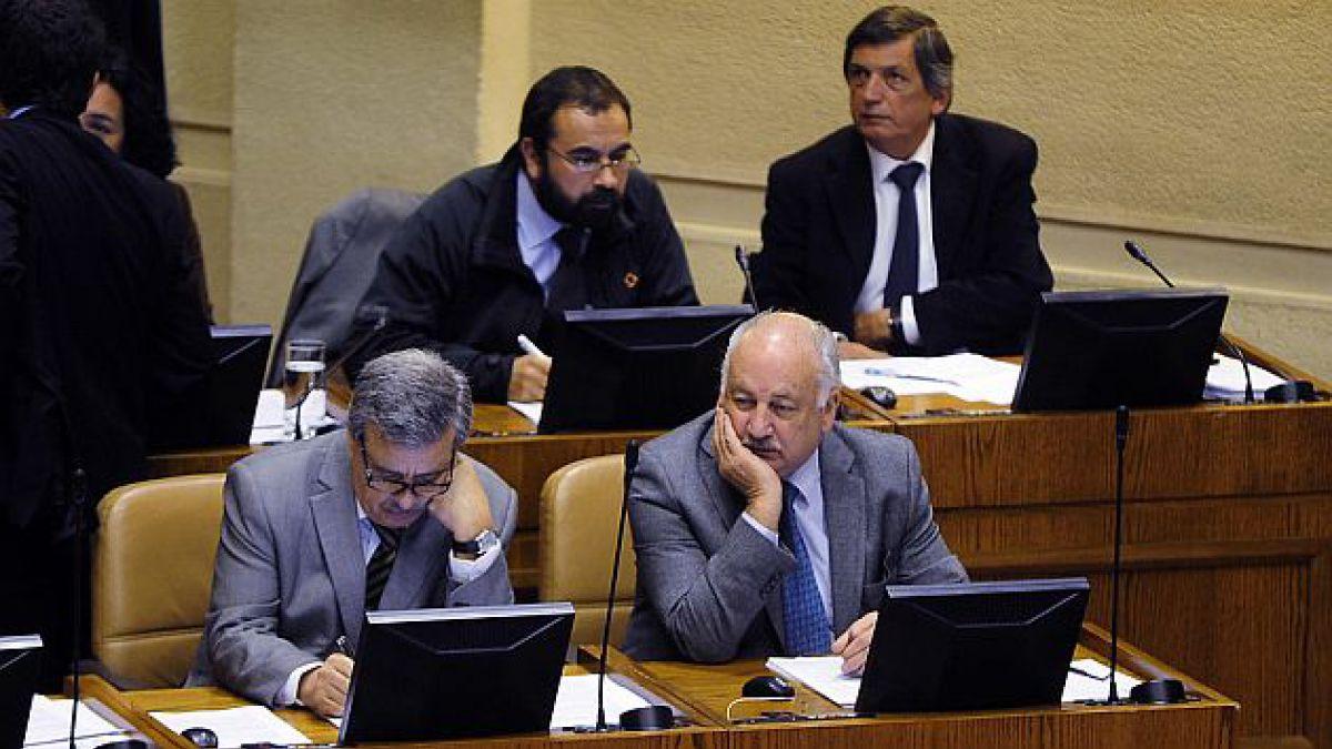 Acuerdo por reforma tributaria: Bancada PC-IC critica que no fue informada y Vallejo dice que no es