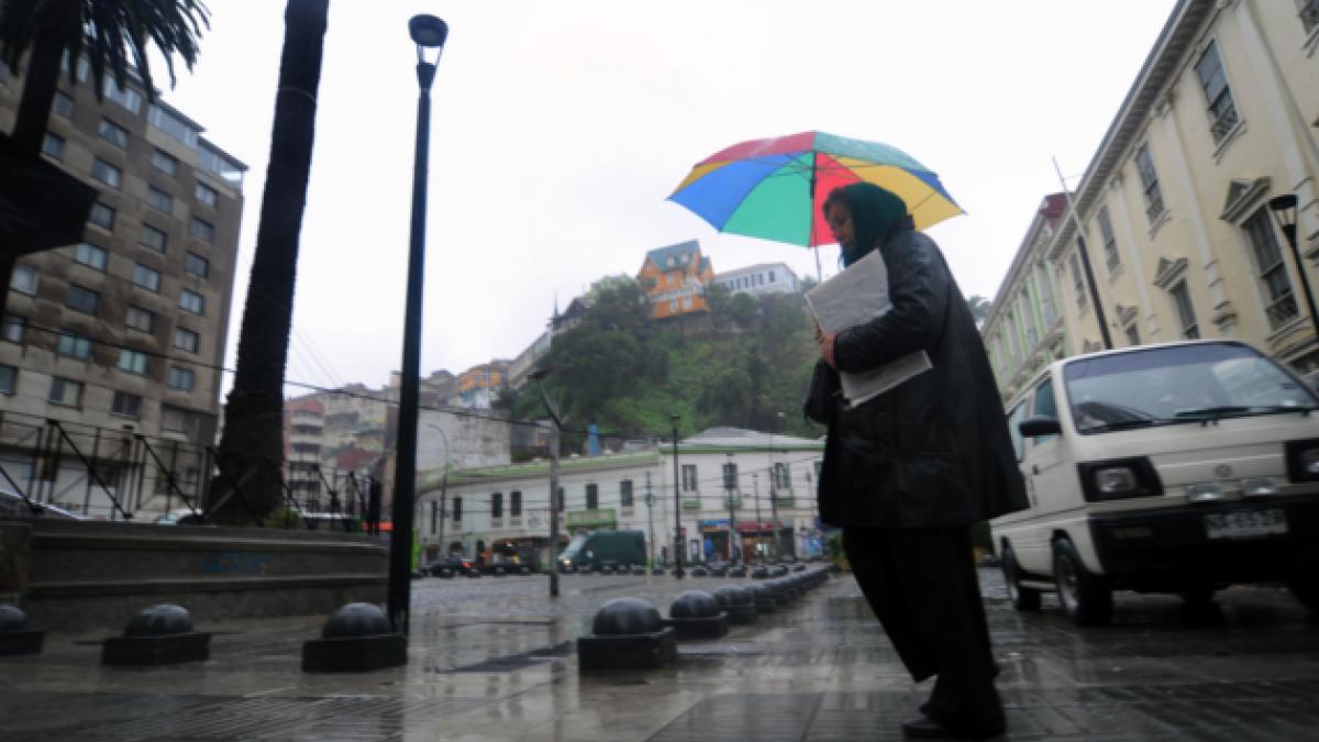 Onemi decreta Alerta Preventiva Temprana para región de Valparaíso por sistema frontal